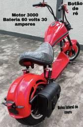 Scooter estilo Harley motor 3000 bateria 30 amperes
