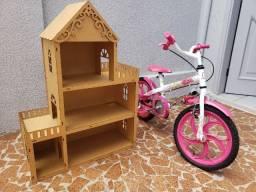 Vendo 01 bicicleta e uma casinha de boneca