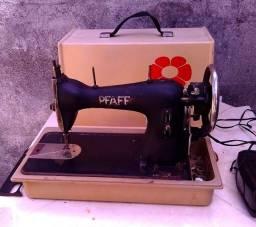 Maquina de Costura antiga Pfaff com sitema eletrico da Elgin