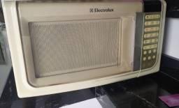 Microondas 31 L Electrolux