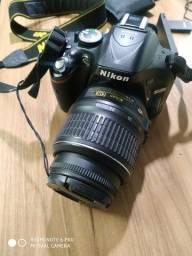 Título do anúncio: Nikon D5200 18-55mm VR Kit DSLR cor preto
