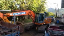 Escavadeira Fiatallis FX 215 LC 2003 revisada