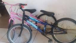 Duas bicicleta usadas em bom estado quero desapegar