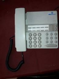 Telefones antigos e novos, precisa de reparos
