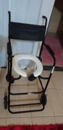 Cadeira De Banho. ( Pouco Tempo De Uso )