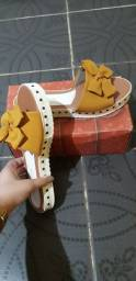 Sandália amarela 38