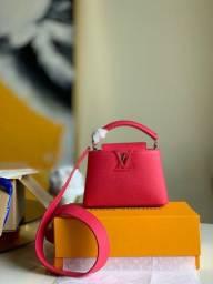 Bolsa Louis Vuitton Capucines