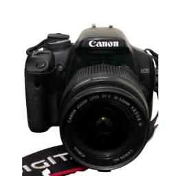 Título do anúncio: Câmera fotografica Canon Rebel XSI ( aceito troca por aparelhos de som ou PS4)
