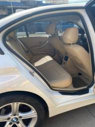 BMW 320i apenas 65.000 km branco pérola 2014