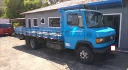 Caminhão MB 710 carroceria (LEIA A DESCRIÇÃO)