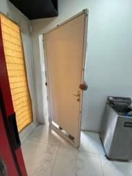 Título do anúncio: Porta cozinha industrial