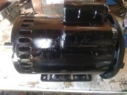 Motor elétrico 2 CV. Alta rotação