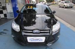 Ford Focus 1.6 SE Powershift Hatch / 2014
