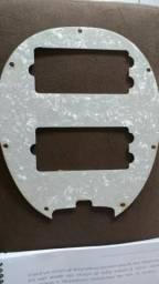 Escudo para Baixo Music Man