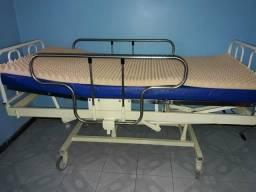 Cama hospitalar com colchão de ótima qualidade
