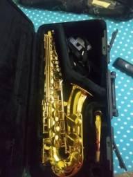 Saxofone alto yamaha 275