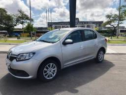 Renault Logan TROCO E FINANCIO - 2015
