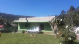 Casa de 2 Dormitórios em Terreno de 967 m² em Morro Reuter
