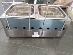 Fritadeira semi nova com duas cubas,350,00