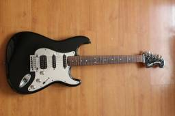 Stratocaster Standart Squier by Fender - Black & Chrome - Aceito Troca