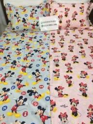 Lindas colchas da Minnie e Mickey