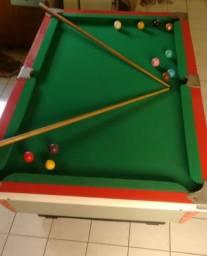 Mesa de snooker em bom estado