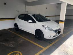 Peugeot 208 - Active Pack 2014 - Completo