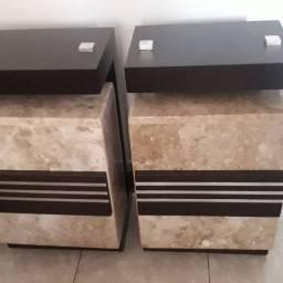 Base gêmeas de mármore