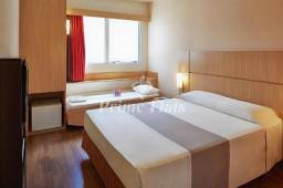 Flat à venda no Ibis Jaboticabal com 1 dormitório e 1 vaga!