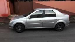 Renault Logan 1.6 quitado e completão! - 2011