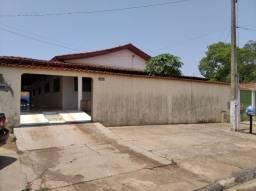 Vende casa em Indiara