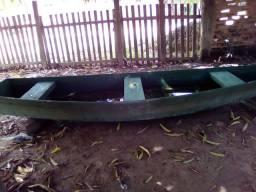 Canoa a venda