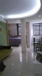 Título do anúncio: Apartamento Luxuoso c/ 2 quartos a uma quadra da praia de Copacabana
