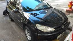 Peugeot 206, ano 2004, Soleil, completo