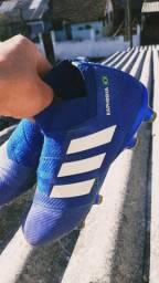 Chuteira Adidas Nemesis Profissional 40