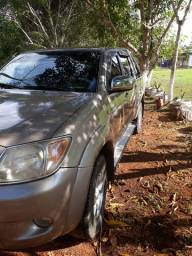 Toyota halux automática. 2006 Tem manual chave reserva