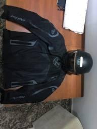 Capacete norisk e blusa de moto