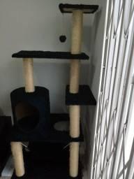Arranhador gigante para gatos (usado)