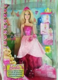 Boneca Barbie Blair Escola de princesas