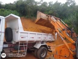 Caminhão fechado de areia,pedra, barro e outros Minerais em geral.