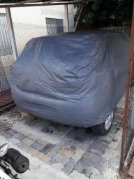 Vende-se capa de carro