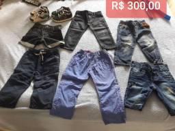 Combo de shorts, calças e sapatênis por R$ 300,00