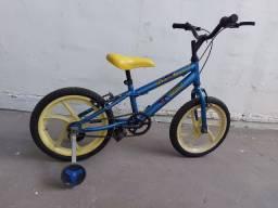 Bicicleta infantil aro 16 com rodinhas - entrego em vila velha- aceito picpay