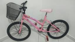 Aro 20 de 7 a 12 anos da Barbie princesa toda pintada e revisada pronta pra pedalar