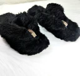 Sandálias Chinelufas