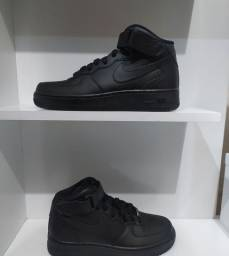 Tênis Nike Air Force 1 Mid '07 N 36