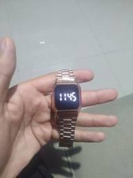 Relógio touch screen