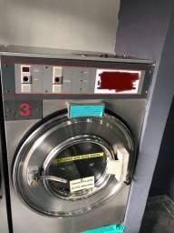 Lavadora de Roupas Extratoras e 2 Secadores Leia o anúncio