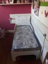 Cama infantil impecável  com colchão
