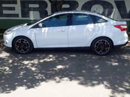 Ford Focus titanium plus, Sedan, Flex, Powershift 2.0